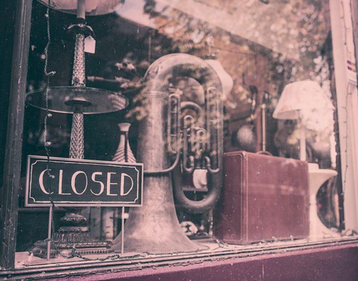 Maja suletud