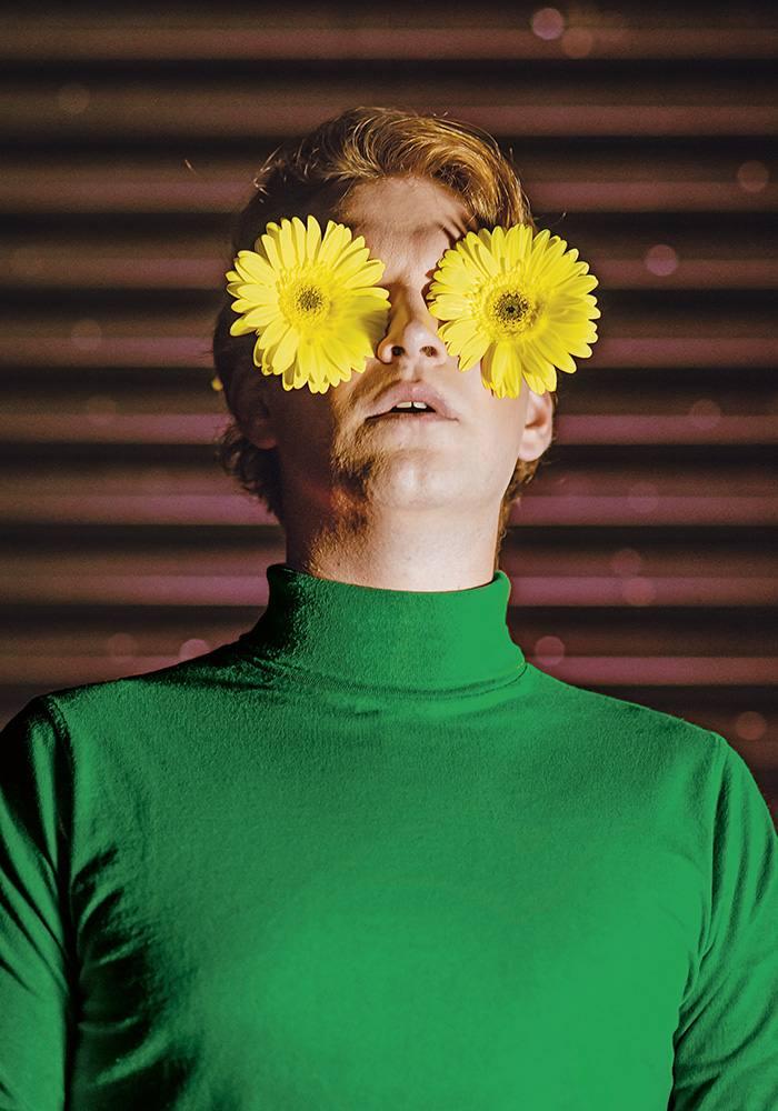 """Väljasõit Rakvere Teatrisse ja kutse Urmas Lennuki kirjutatud ja lavastatud etendusele """"Paunvere poiste igavene kevad"""""""